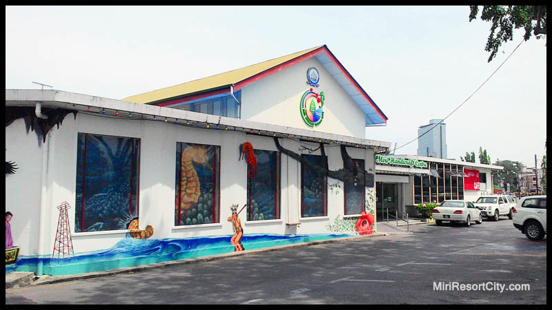 Picture shows Miri Handicraft Center. Photo credit: Miri City Council