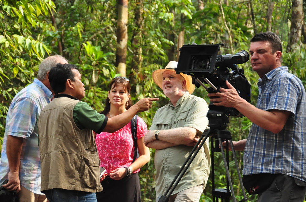 Image shows Out of the Blue, an Australian cooking show, filming in Sarawak.