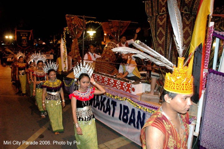 Image shows Miri City Parade in 2006. Photo Credit: Pui