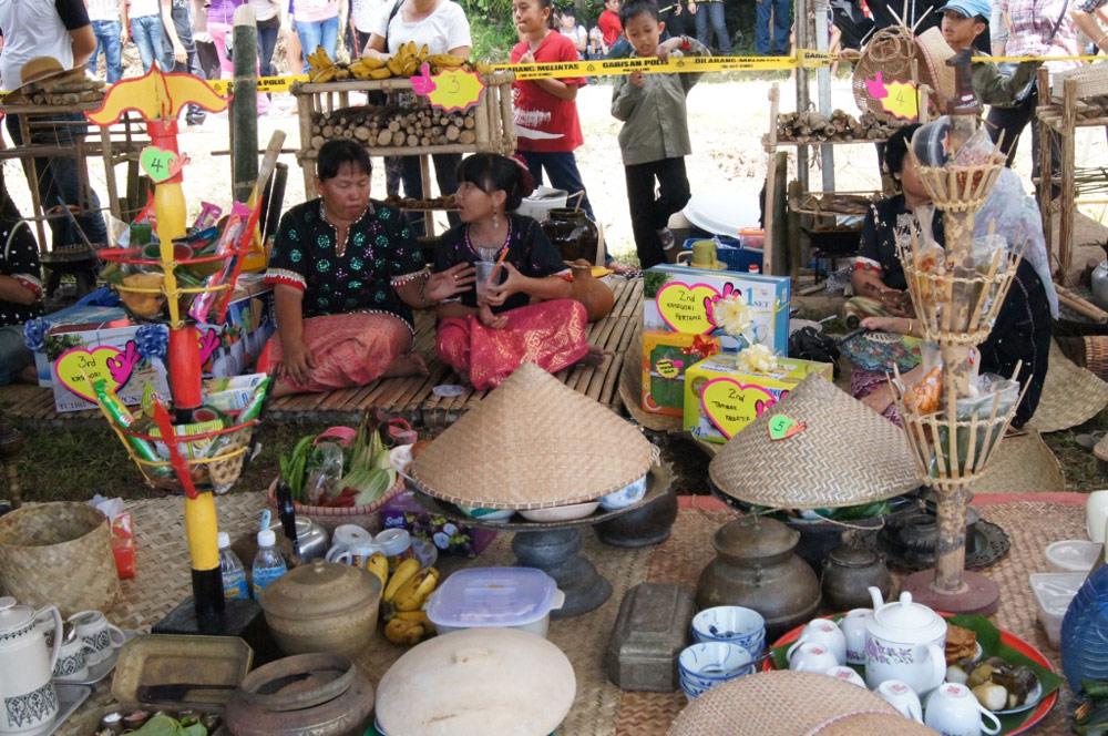 Images of Pesta Babulang, retrieved from Sarawak Tourism website.